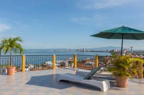 Increíble Terraza Vista a la Bahía